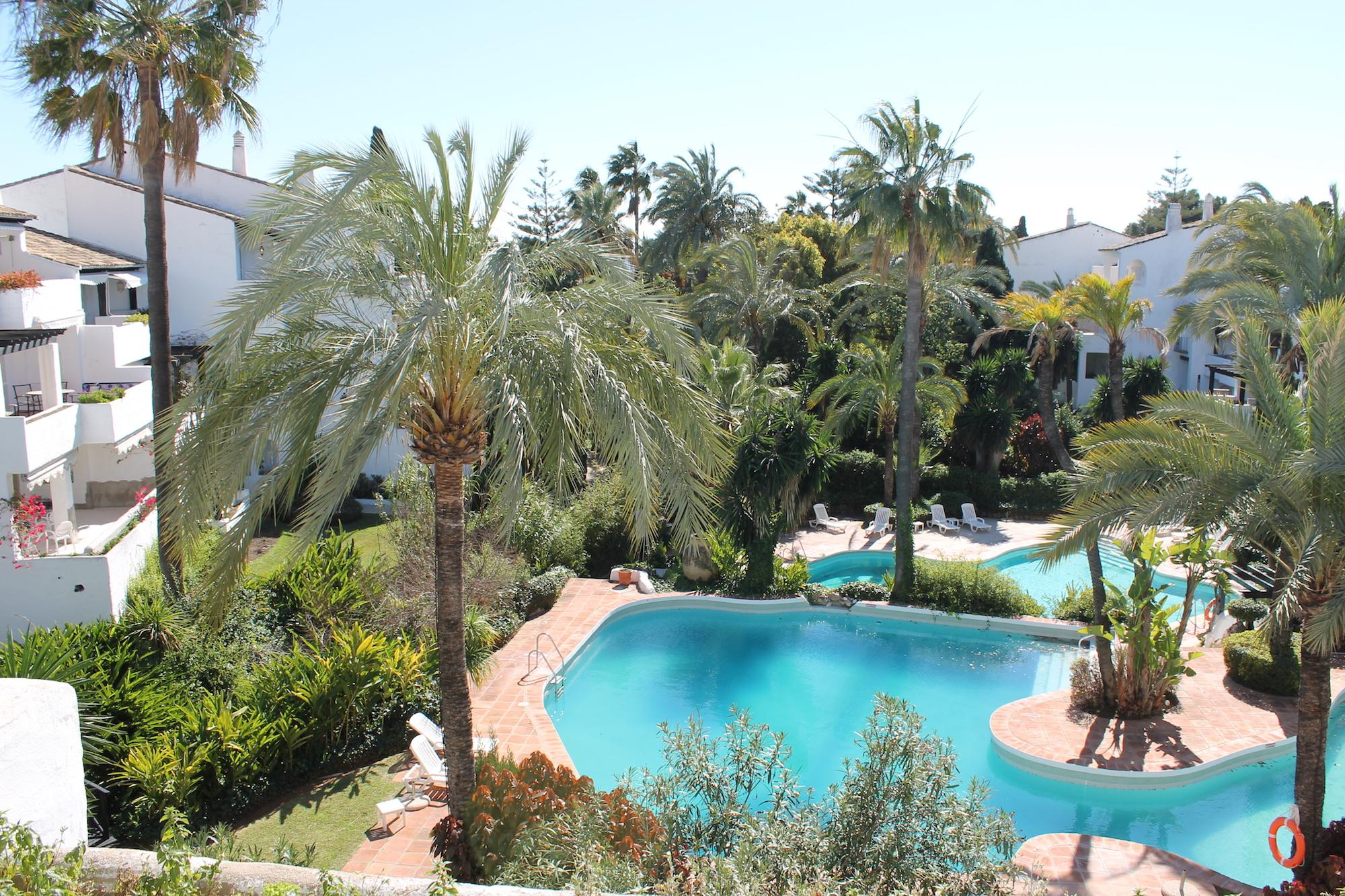 Location location location … 2 bed apartment for sale in Marbella Golden Mile