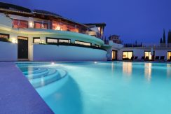 10 Bedroom en Suite Villa for Rent in Marbella, Luxurious Living, By Design