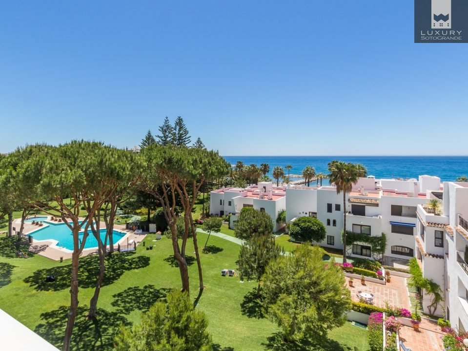 Superb 3 Bedroom Apartment in Playas Del Duque, Puerto Banus, Marbella For Sale