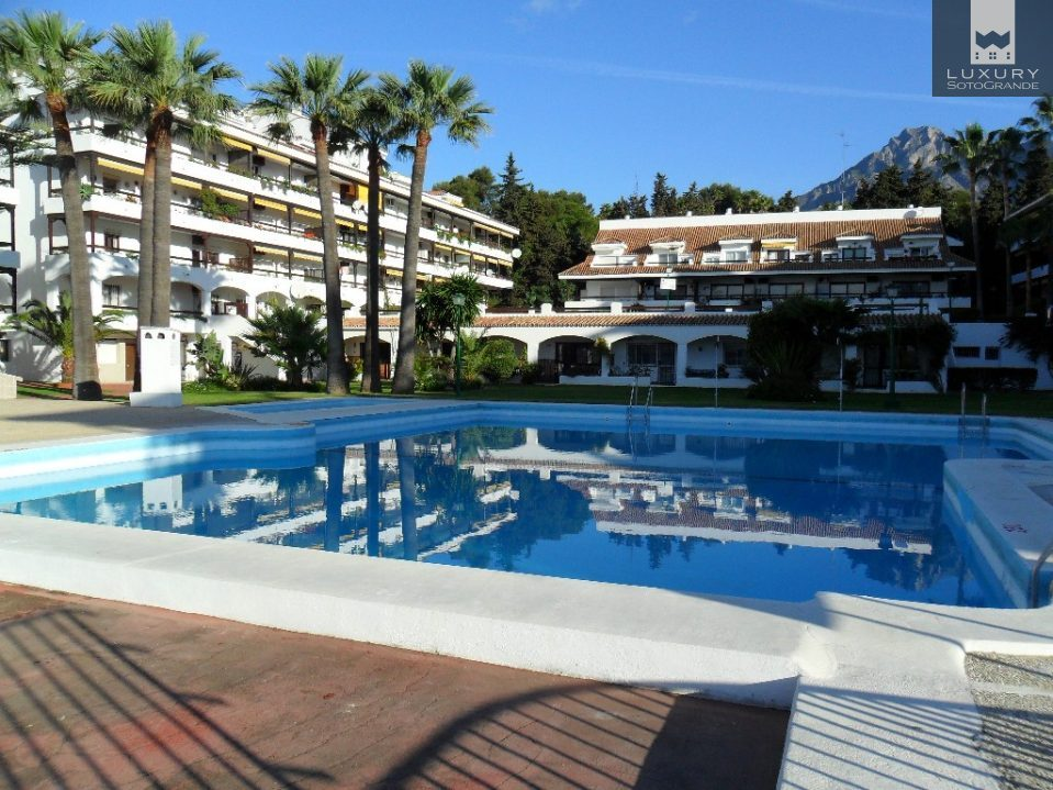 3 Bedroom Apartment for Sale in a Fantastic Position on the Golden Mile Marbella