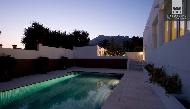 Magnificent High Quality Villa with Superb Views in Marbella for Sale