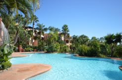 Amazing 3 Bedroom Penthouse with Spectacular Views to Africa, in Marbella for Sale