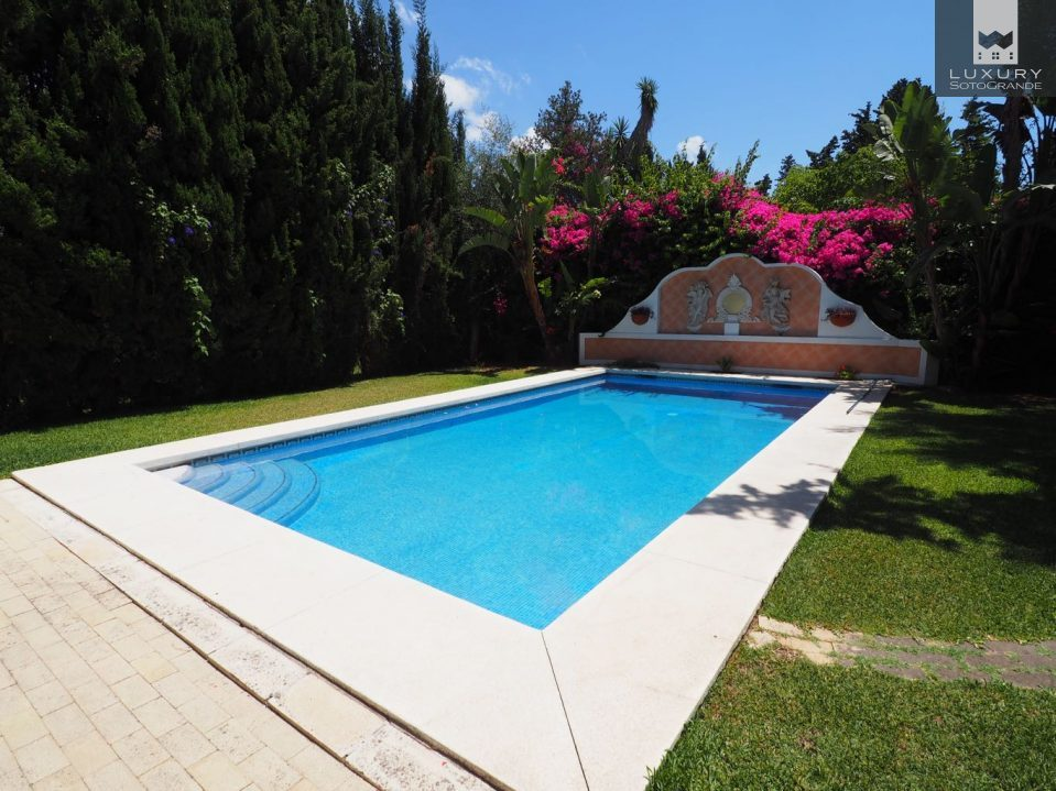 ... Elegant Beachside Villa In Exclusive Casablanca, Marbella For Sale ...