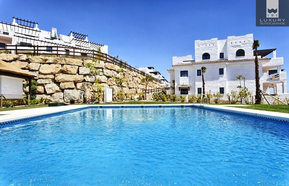 Brand new mediterranean style apartment surrounded by sea, golf and amazing views