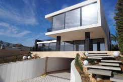 Modern Villa for sale in Nueva Andalucia