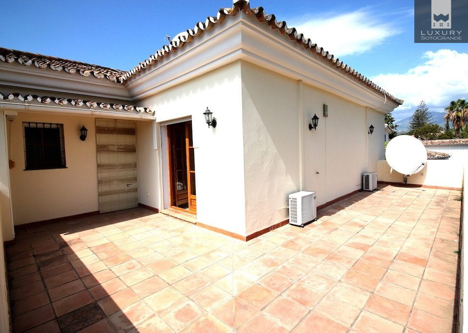 Superb detached Villa location frontline Guadalmina golf.