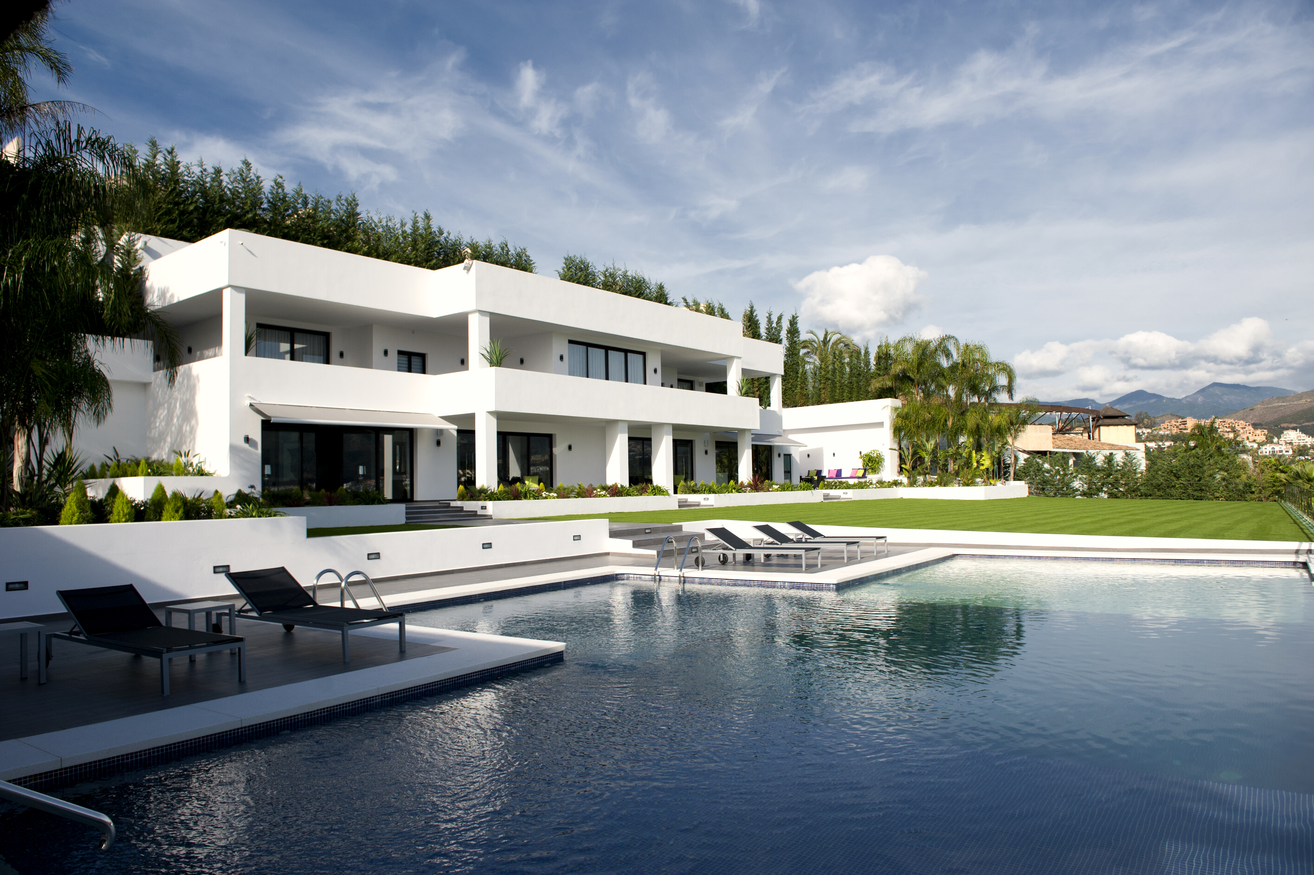Stunning newly built Villa for sale in Nueva Andalucia, Marbella