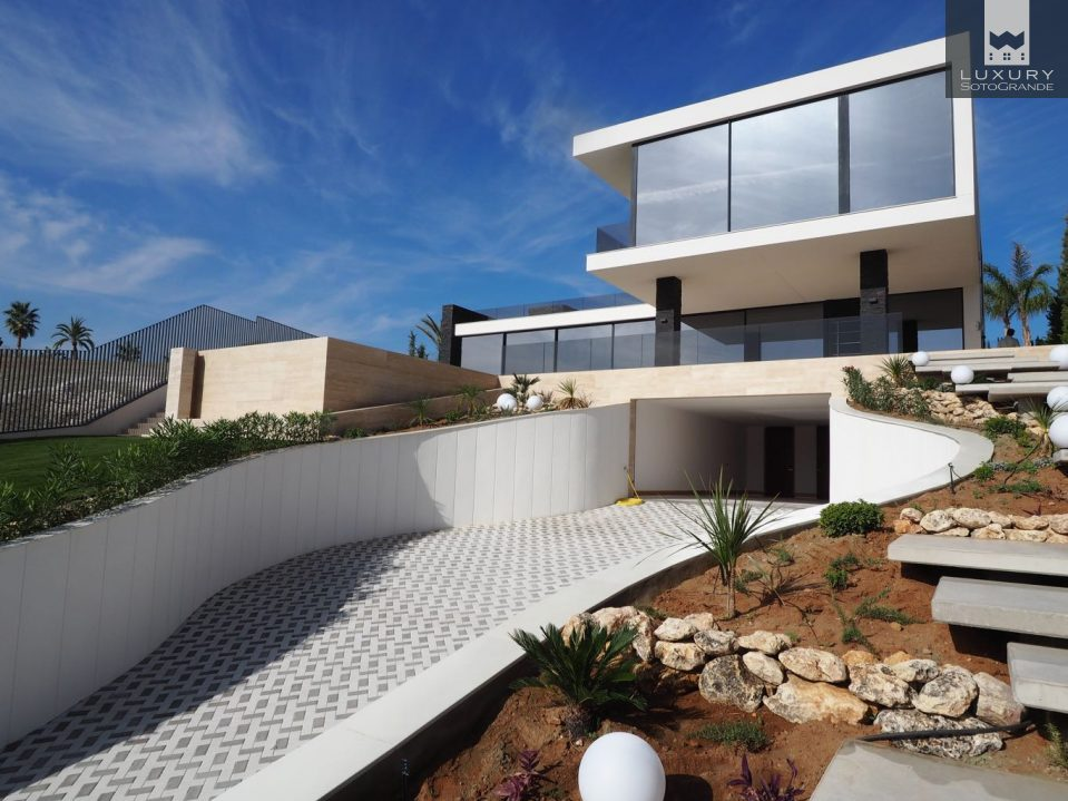 Ultra modern and high specification villa for sale in for Ultra modern houses for sale